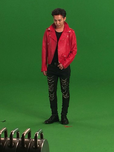 G-Dragon - Tower of Saviors - 2014 - BTS - 20