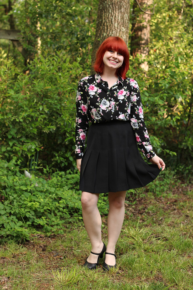 Work Outfit: Floral Print Button Down, Black Pleated Skirt, and Mary Jane Heels