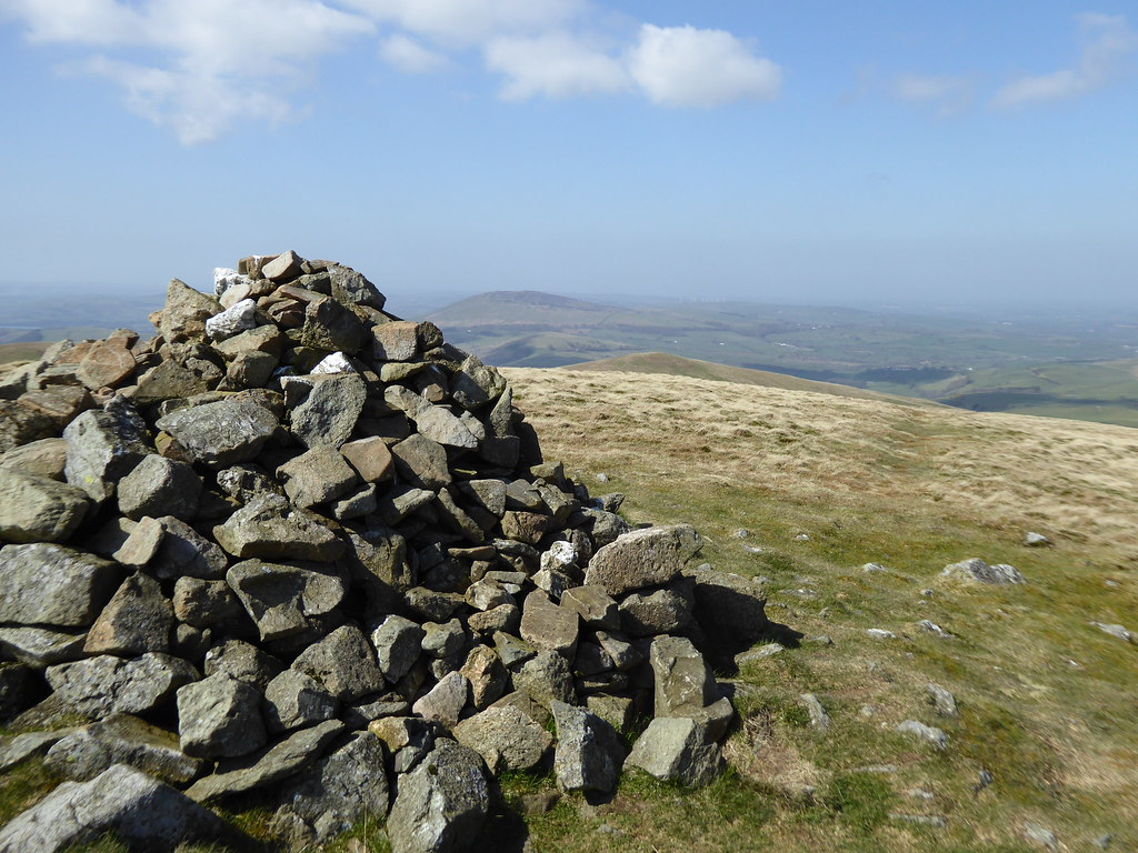 Great Sca Fell with distant Binsey