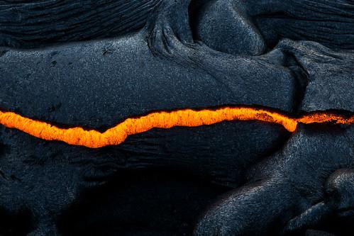 Lava Crack por Raiatea Arcuri