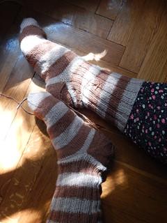 полосатые носки с широкими полосками и пяткой задним числом | ХорошоГромко.ру