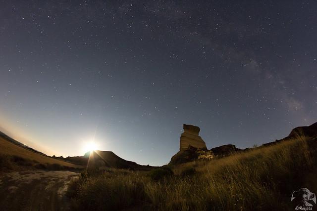 Aurora lunar - Aurore lunaire - Dawn of the Moon