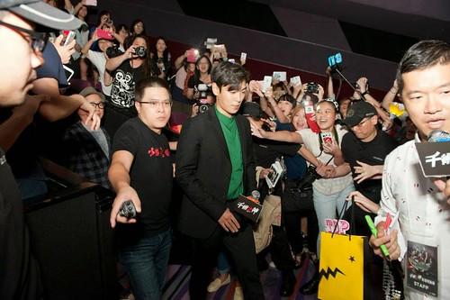top-with-fans-tazza-hong-kong_20140927(1)