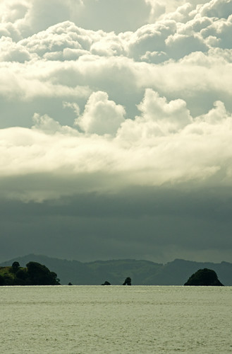 Islands off Cooks Beach dramatic V1 23 4 15 K55258
