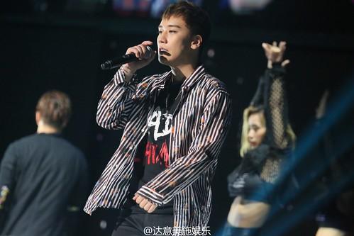 BIGBANG FM Beijing Day 2 2016-07-16 Seungri (22)