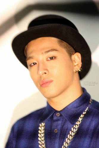 Taeyang_NONA9ON-party-HQ-20140911(16)