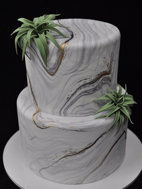 Marble gold cake