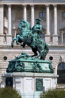 Hofburg Palace の画像. statue vienna austria
