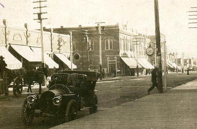 Main Street Looking South [closeup], circa 1907 or 1908 - Moscow, Idaho
