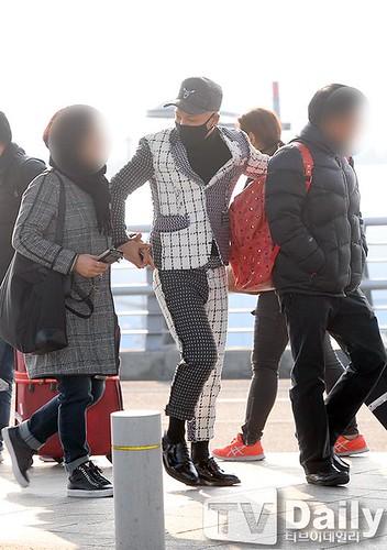 Tae Yang - Incheon Airport - 09jan2015 - TV Daily - 05