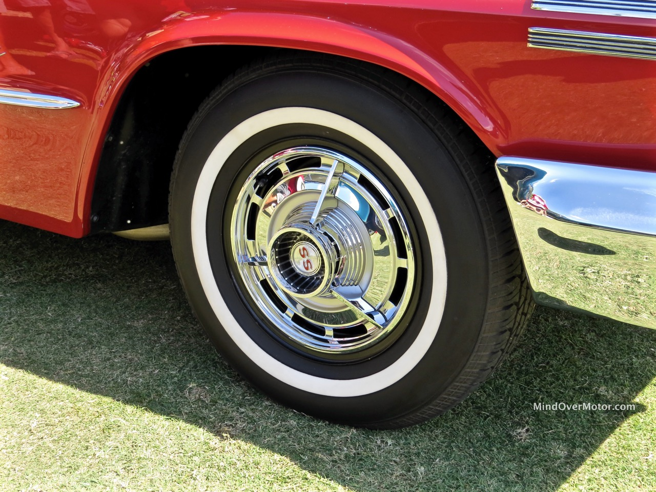 1963 Chevrolet Impala SS Wheel Cover