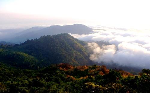 burma myanmar goldenmountain monstate easternyomamountains