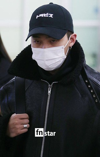 BIGBANG (wout Seungri) arrival Seoul Gimpo from Beijing 2016-01-02 (4)