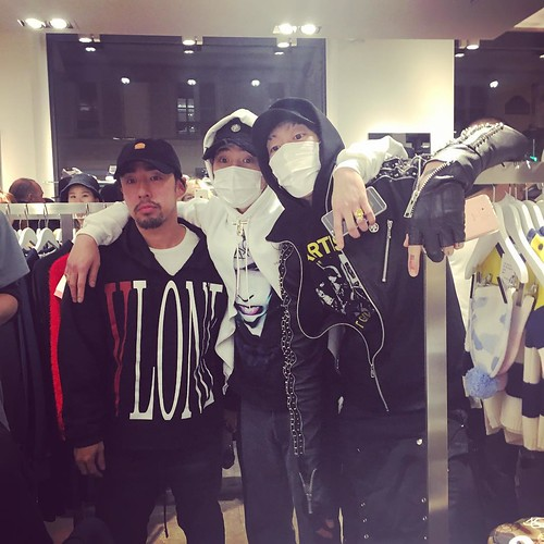 G-Dragon - Colette x Peaceminusone - 23jan2016 - hqqhqq199596 - 03