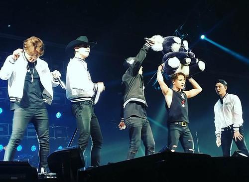 BIGBANG MADE in Sydney Day 1 Previews 2015-10-17 backwardcake IG