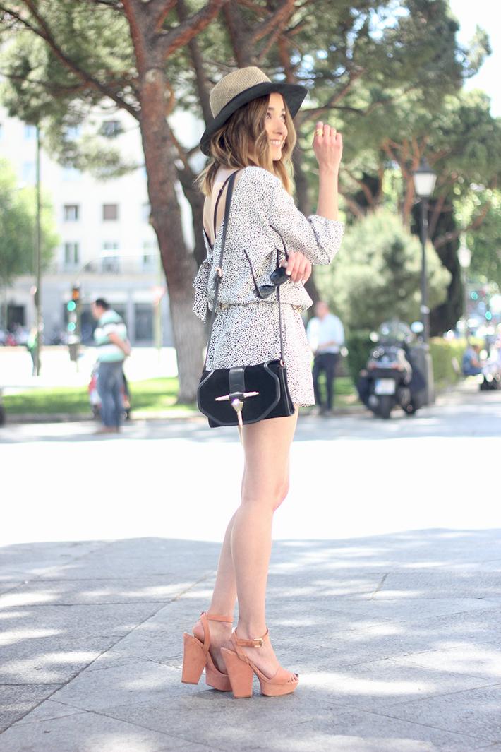 Black and White Jumper Zara Hat Uterqüe 05
