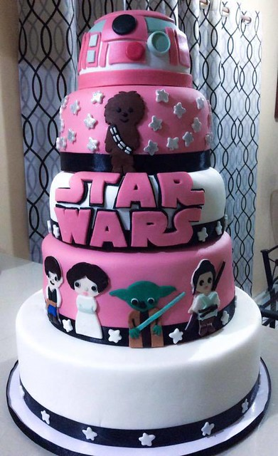 Star Wars Themed Cake by Bea Cakes