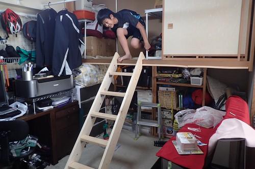 ロフト部分に自作階段設置