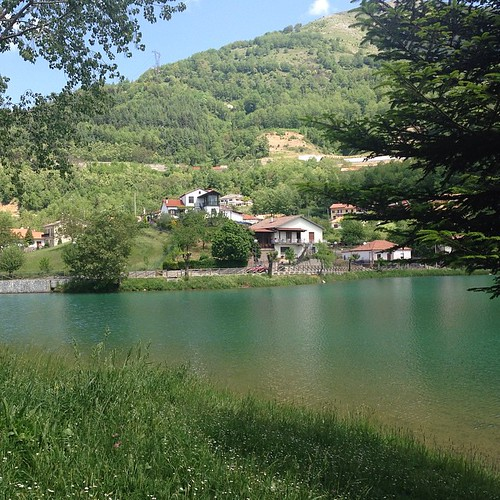 #picoftheday #lake #italy
