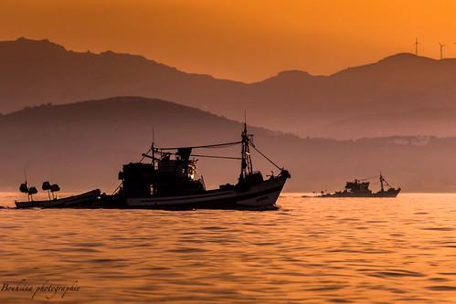 light sunset sea orange mer water montagne sunrise canon golden soleil fishing eau lumière coucher morocco maroc layers pêcheur pecheur couleur tétouan calme couches mediterannée pêche bouhsina 7dii ef7020028ii bouhsinaphotography