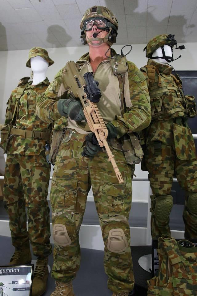 Η εξάρτυση αποτελεί τη λεγόμενη ''2η Γραμμή'' (με υλικά τα οποία θα συντηρήσουν στρατιώτη και όπλο για 24 - 48 ώρες) και το γιλέκο την ''3η Γραμμή'' (φόρτος μάχης).
