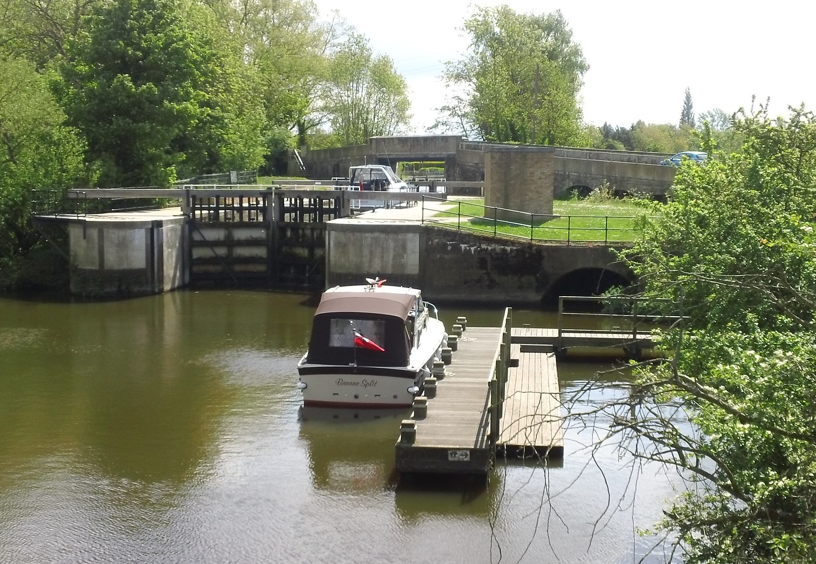 'Banana Split' Yalding lock