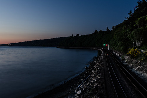 longexposure nightphotography railroad photography flickr traintracks timeexposure beaches pacificnorthwest pugetsound greenlight bluehour redlight sunsetlight pnw doubles railroadtracks carkeekpark carkeekbeach photographicarts beforethemadness slopinghills bxavier bxphoto brianxavierphotography brianxavier bxfoto bxfotocom