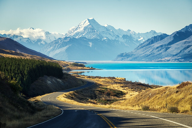 mt-cook-road-new-zealand