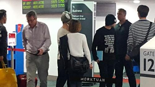 BIGBANG Melbourne Arrival 2015-10-20 (1)