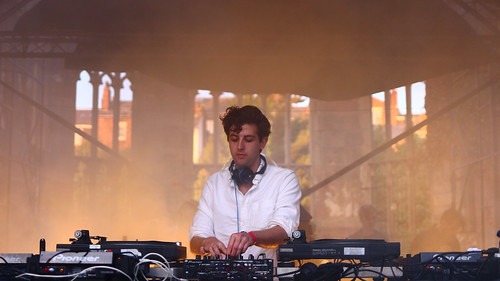 Jamie XX - I Know There's Gonna Be
