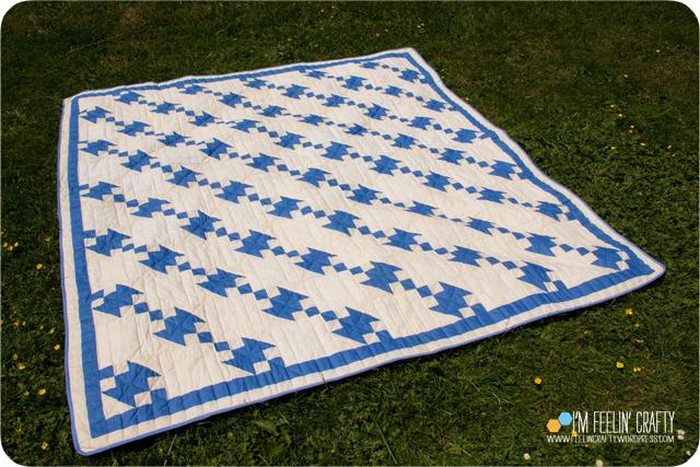 Quilts-VintageBlue-ImFeelinCrafty