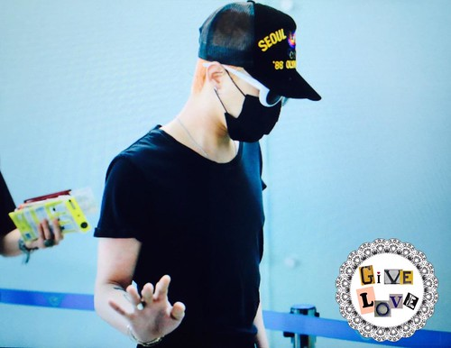 Big Bang - Incheon Airport - 26jun2015 - GiVe_LOVE8890 - 07