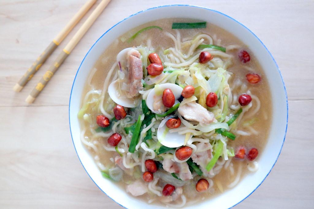 Miss Tam Chiak Cooks