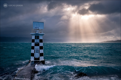 """<p>Point Haiswell Lighthouse, Miramar, Wellington, New Zealand<br /> <br /> Extended morning commute due on very interesting light :-)<br /> All color adjustment, relight and more done 100% in Lightroom (as usual)..<br /> <br /> This light happen only during less than a minutes ! I got lucky to be at this plan at the right moment !<br /> <br /> Fujifilm X-T1 + XF23mm + Lightroom + Panorama<br /> <br /> Press """"L"""" to best view<br /> <br /> --- 