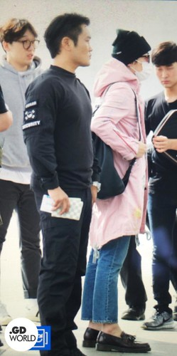 Big Bang - Incheon Airport - 24sep2015 - GD World - 01