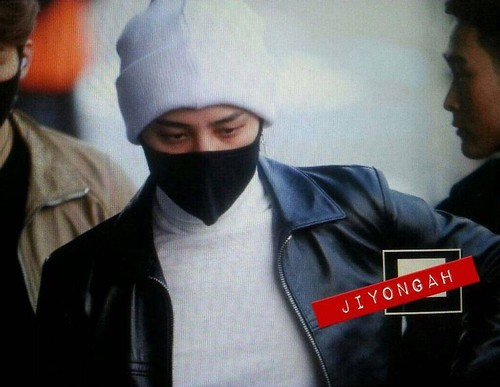 gdragon_airport_140411_004