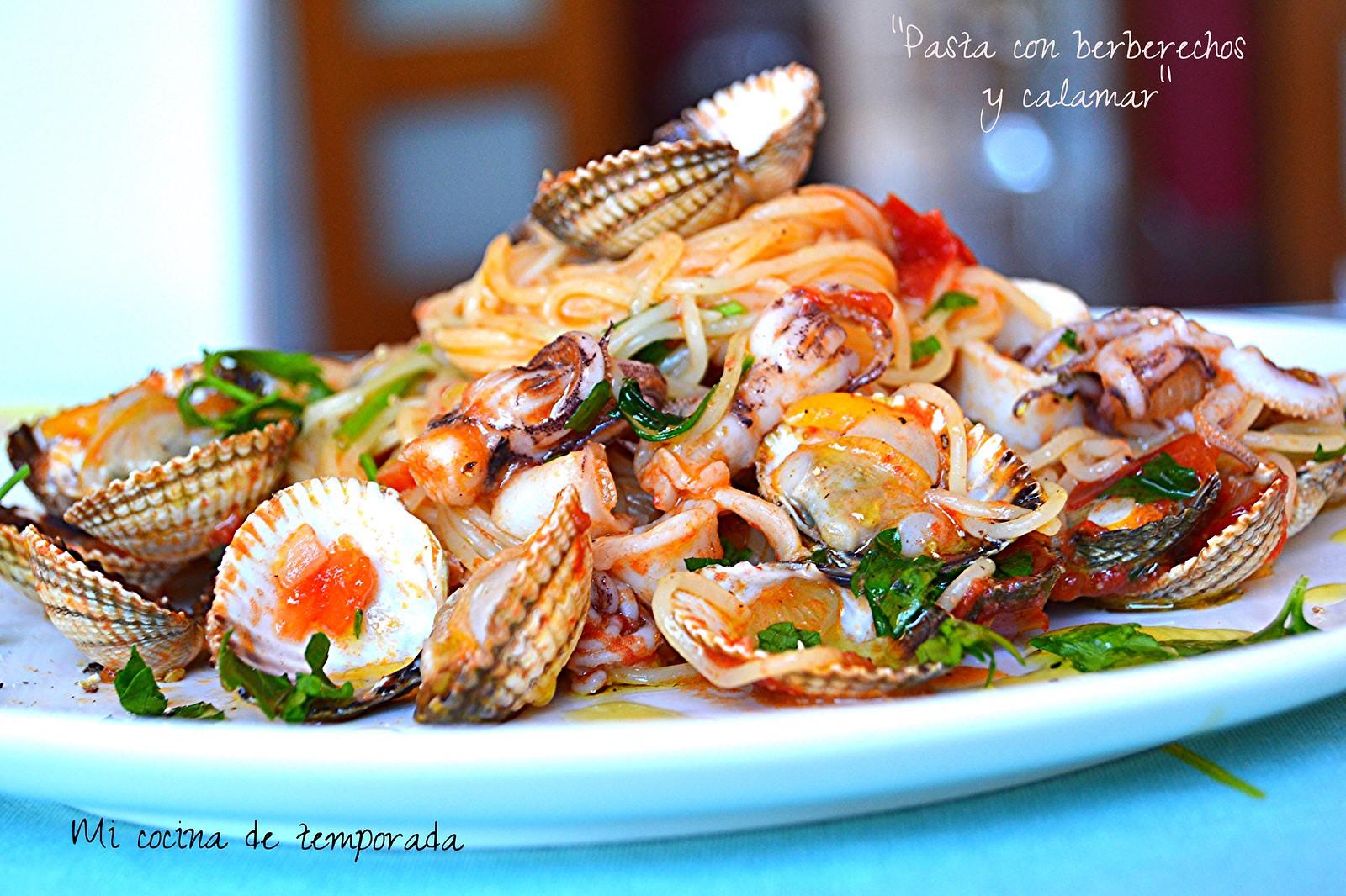 Espaguetis con berberechos y calamar 015