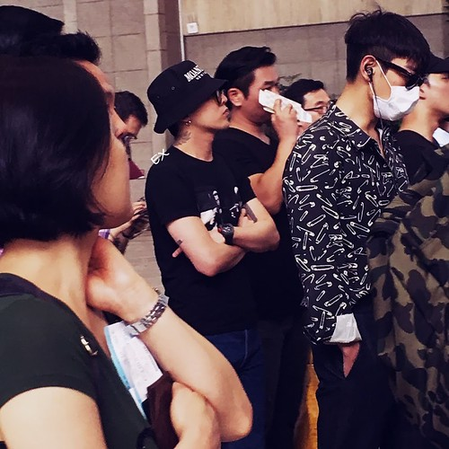 Big Bang - Gimpo Airport - 28jul2016 - EX-INHALE - 03