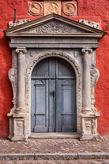 DOORS OF THE WORLD - come in!