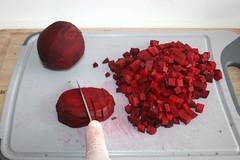 19 - Rote Beete würfeln / Dice beetroot