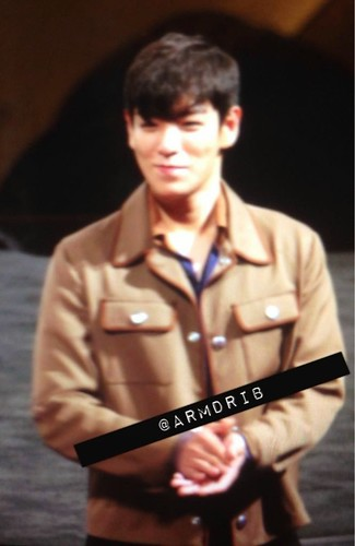 TOP-StageGreetings_Day2-20140907_(57)
