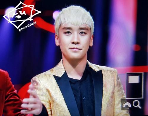 BIGBANG Hunan TV 2015-12-31 (32)