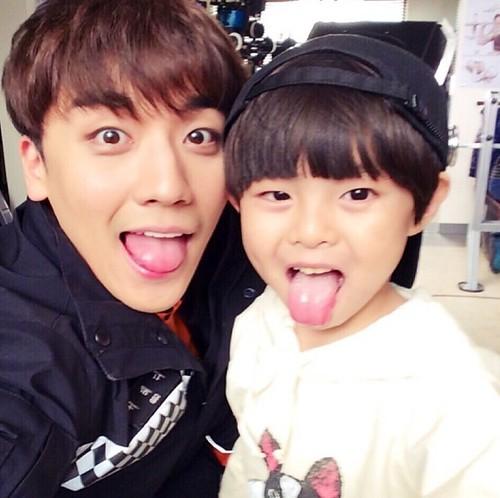 seungri_jinmo_angeleyes