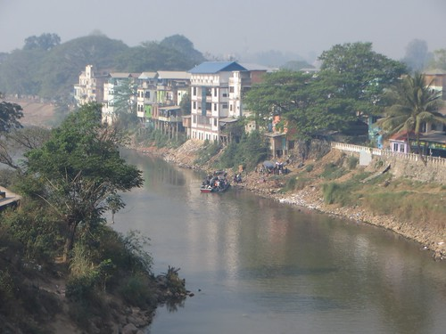 myanmar bordercrossing