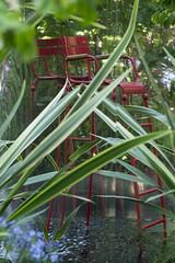 Le jardin noir par Conception Pierre-Alexandre Risser et Solenn Moquet du bureau d'études Horticulture & Jardins, vainqueur du trophée Daum pour le prix de la création paysagère.Jardins Jardin 2015 aux Tuileries - Paris