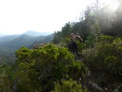 Pause-paysage sur le sentier sous la crête de Belliche