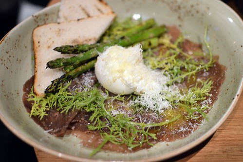 Wagyu bresaola, poached egg, asparagus, pecorino, black vinegar