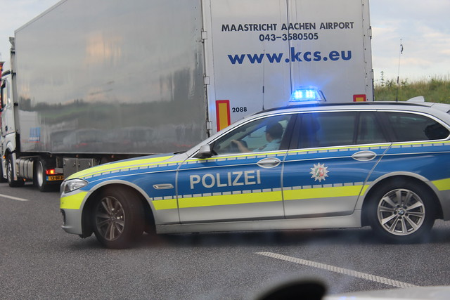 Police in a hurry