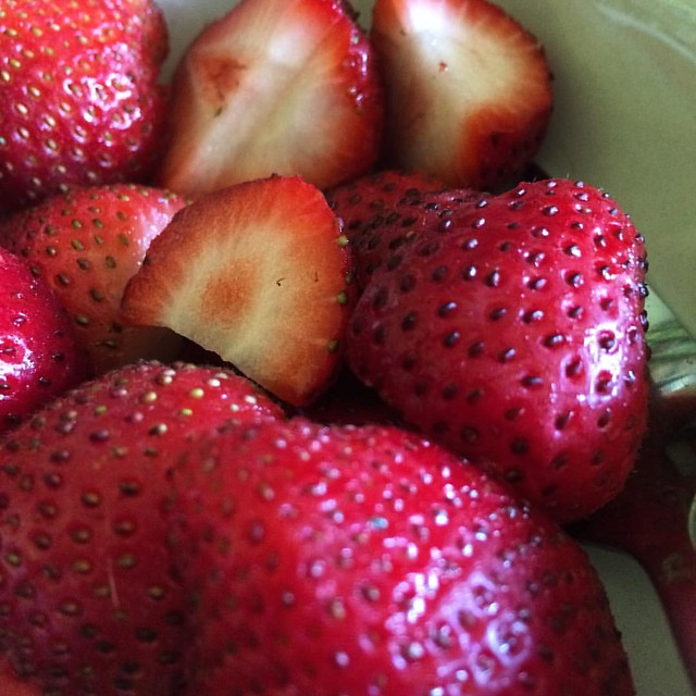 Strawberries #strawberries #breakfast #fruit #food