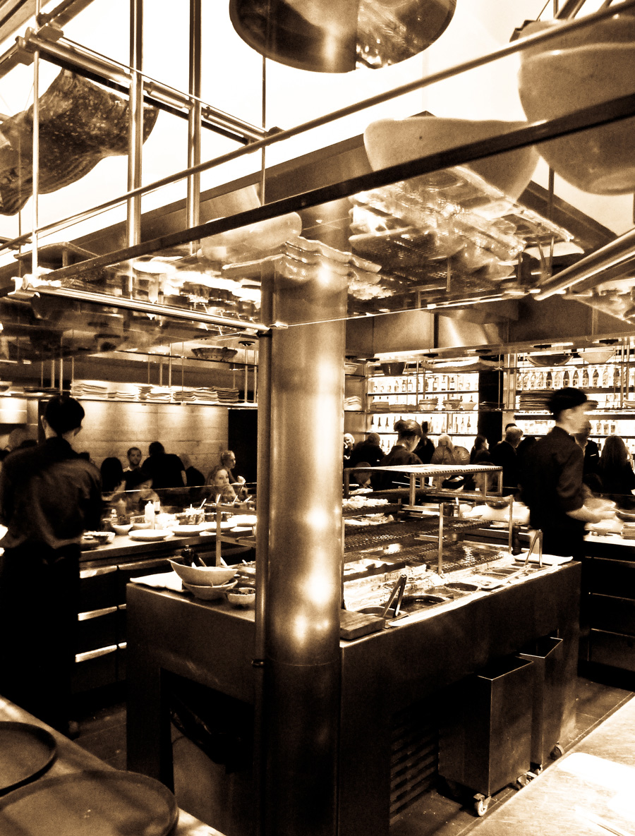 Roka-Mayfair,-Interior-kitchen-space